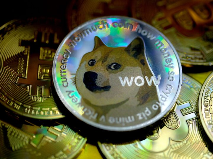 Coinbase is giving away $1.2 million in dogecoin as it starts letting users trade the meme cryptocurrency